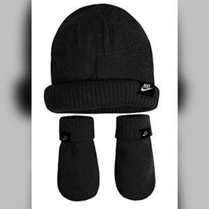 NIKE infant unisex black Knit Beanie mittens set